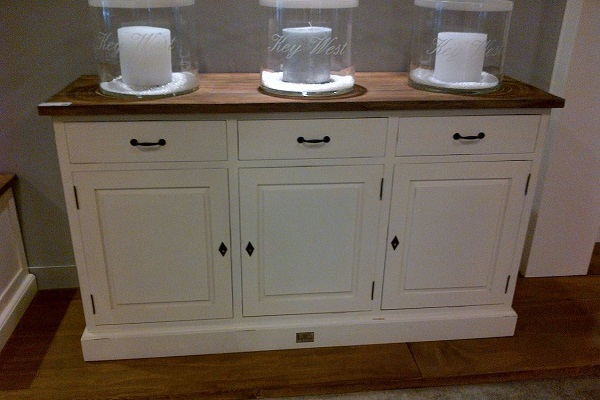 white wash dressoir met teak blad