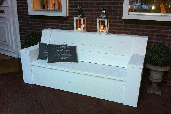 Steigerhouten loungebank Almere