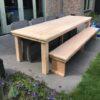 Handgemaakte houten tuintafel en tuinbank in douglashout